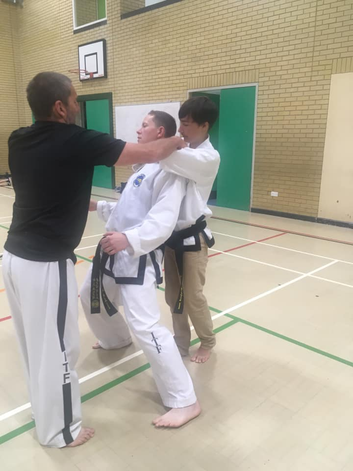 Taekwondo-Black-belt-class-006