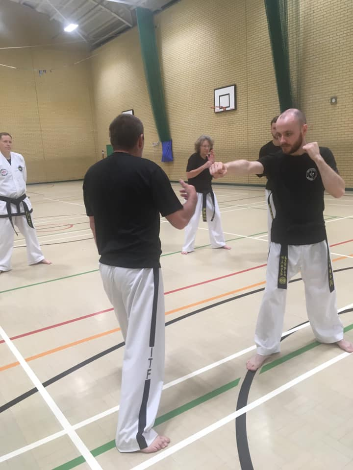 Taekwondo-Black-belt-class-014